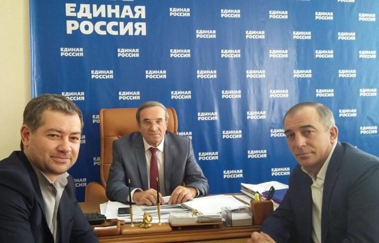 Тоторкулов примет участие в праймериз